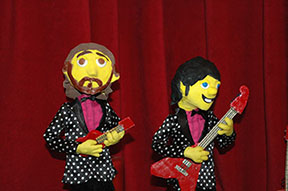 "The animated Jamie and Steve in the ""Imaginary Cafe"" video, created by Cool King Chris"