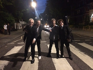 the-weeklings-on-abbey-road